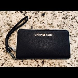 Michael Kors Large Black Specchio Leather Wristlet